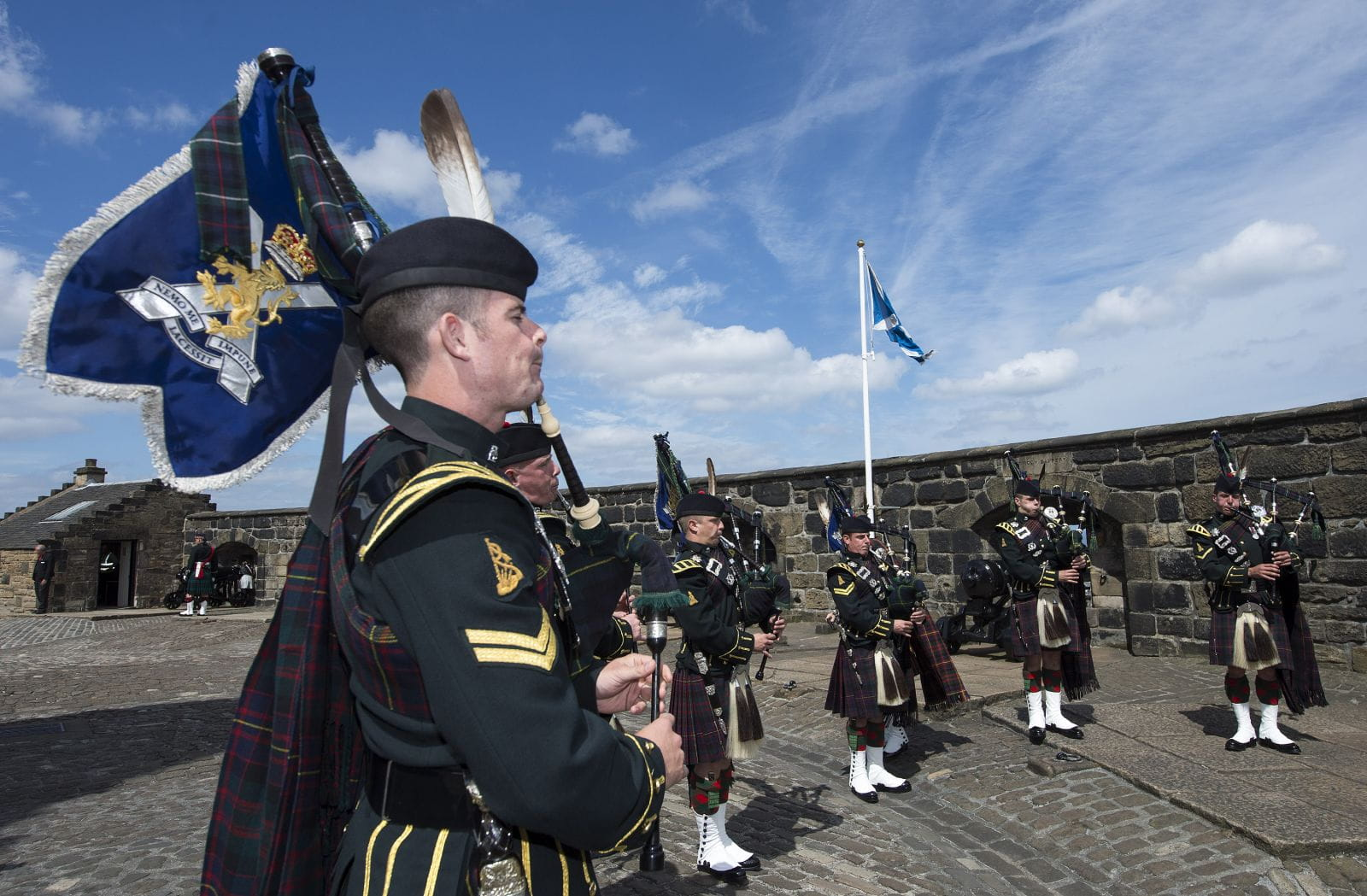 scottish national war memorial royal visit 3 july 2014